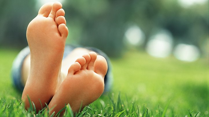 How-Nutrition-Affects-Foot-Health-RM-722x406